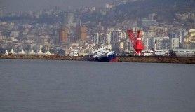 Tuzla açıklarında gemi kazasında yan yatan gemi havadan görüntülendi