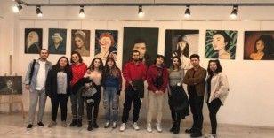 """DPÜ GSF öğrencilerinden """"Yükseliş"""" isimli karma sergi"""