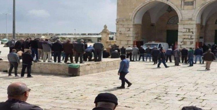Kudüs'te korona salgını nedeniyle camiler kapatıldı