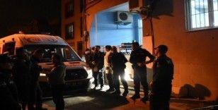 İzmir'de lokalde oyun oynarken darp ettiği kişi tarafından silahla vurulan kişi hayatını kaybetti