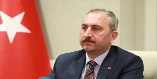 Adalet Bakanı Gül: '60 yaş üstü hakim ve savcılar idari izinli sayılacak'