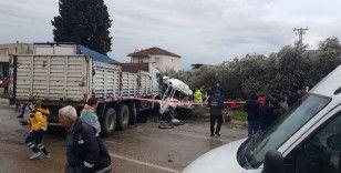 İzmir'de korkunç kaza: 1 ölü, 4 yaralı