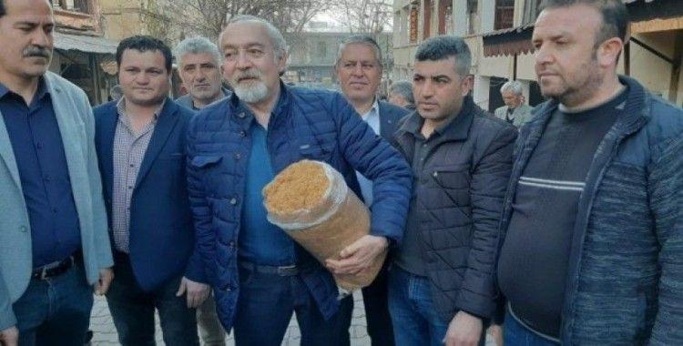 CHP heyeti Adıyamanlı tütüncülerle bir araya geldi