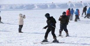 Erciyes'te kar kalınlığı 90 santimetreye ulaştı