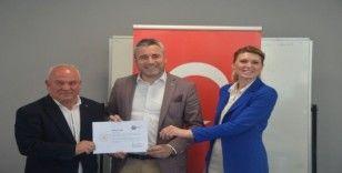 Gençlik ve Spor Bakanı Kasapoğlu adına kulüp başkanlarına sertifika verildi