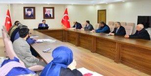 """Ardahan'da Hıfzısıhha Meclis Kurulu Toplantısı """"Covid19"""" gündemiyle Vali Mustafa Masatlı Başkanlığında yapıldı"""