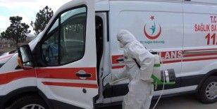 Korona virüsüne karşı ilçedeki tüm araçlar dezenfekte ediliyor