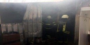 Malkara'da konteyner ev yandı