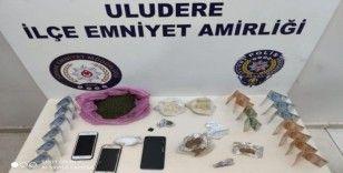 Şırnak'ta 2 uyuşturucu taciri tutuklandı