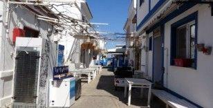 """Bozcaadalı konaklama işletmecilerinden turistlere """"Evde kal"""" çağrısı"""
