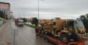 Gaziantep'ten İdlib'e zırhlı araç sevkıyatı