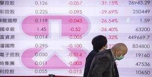 Küresel piyasalardaki negatif seyir teşviklere karşın devam ediyor