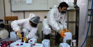 Malatya'da meslek liseleri dezenfektan ve maske üretiyor