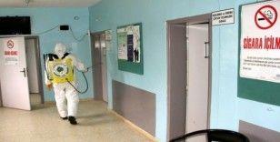 Araban'da sağlık kuruluşları ve camiler dezenfekte ediliyor