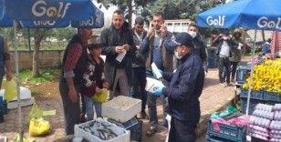 Kilis'te pazar esnafına maske dağıtıldı