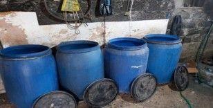 Adana'da 3 bin 650 litre kaçak içki ele geçirildi