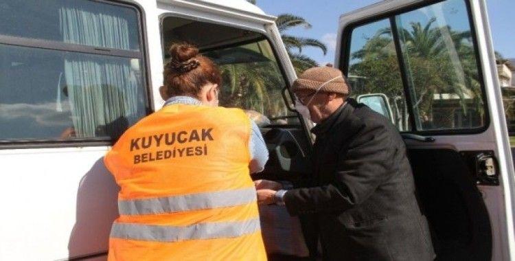 Kuyucak Belediyesi engelli ve yaşlı vatandaşlara ulaşım desteği veriyor