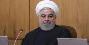 İran'da milletvekillerinden Ruhani'ye koronavirüsle mücadele için 'karantina' çağrısı