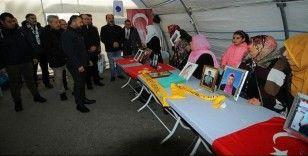 HDP önündeki ailelerin evlat nöbeti 201'inci gününde