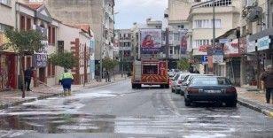 Aydın'da cadde ve sokaklar dezenfekte ediliyor