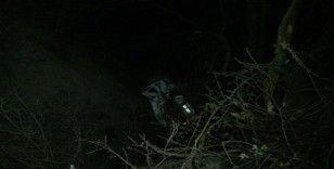 Otomobil şarampolden aşağı uçtu 6 yaralı