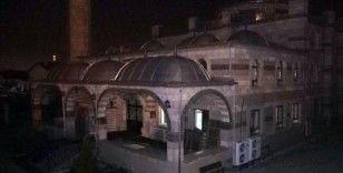 Camilerden korona virüs salgınının son bulması için dua sesleri yükseldi