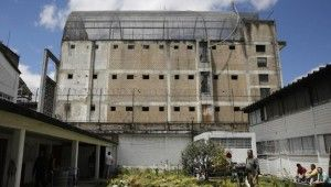 Kolombiya'da cezaevinde koronavirüs isyanı
