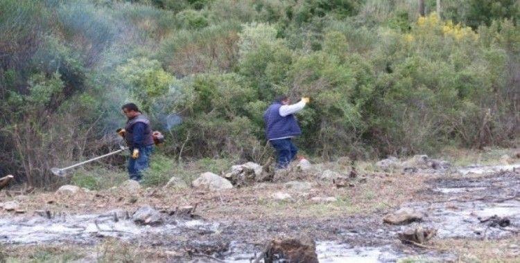 Büyükşehir'den mezarlıklarda bahar temizliği