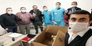 Kolonya üreticisinden sağlık çalışanlarına çam kolonyası
