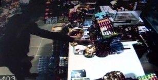 (Özel) Silahlı gaspçı market sahibine doğum gününde kabusu yaşattı
