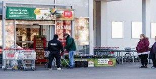 Almanya'da bir günde 4 bin 764 vaka, 28 ölüm