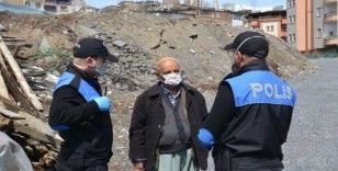Polis uyarı yaptı, yaşlı vatandaş dua etti