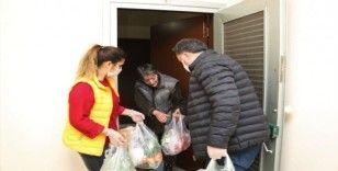 Erdemli'de 65 yaş üstü vatandaşlara 'Limon Çiçeği' desteği