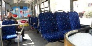 Niğde'de market ve Halk Otobüsleri yoğunluk yaşamıyor