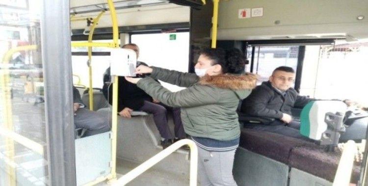 Düzce'de otobüslere dezenfektan kutuları yerleştirildi