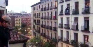 İspanya'da Müslümanlara 'her cuma balkonlarda ezan okuyun' çağrısı
