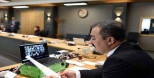 Korona virüs nedeniyle telekonferanslı senato toplantısı