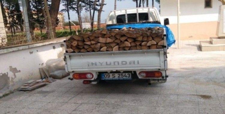 Odun yardımı bahanesiyle geldiler, altınları çalıp kaçtılar