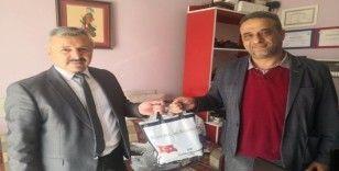 Başkan Şahiner'den gazetecilere jest