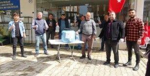 Esnaftan vatandaşlara ücretsiz dezenfektan