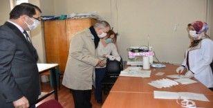 Artvin maskesini kendi üretiyor
