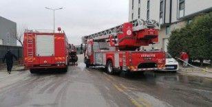 Kocaeli'de kompozit fabrikasında yangın