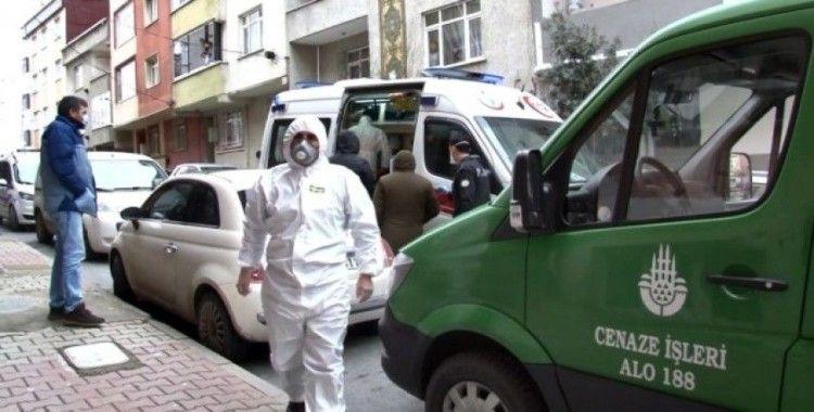 (Özel) Sultangazi'de evinde ölen kadında korona virüs şüphesi