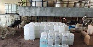 Malatya'da 2 ton 600 litre sahte dezenfektan ele geçirildi