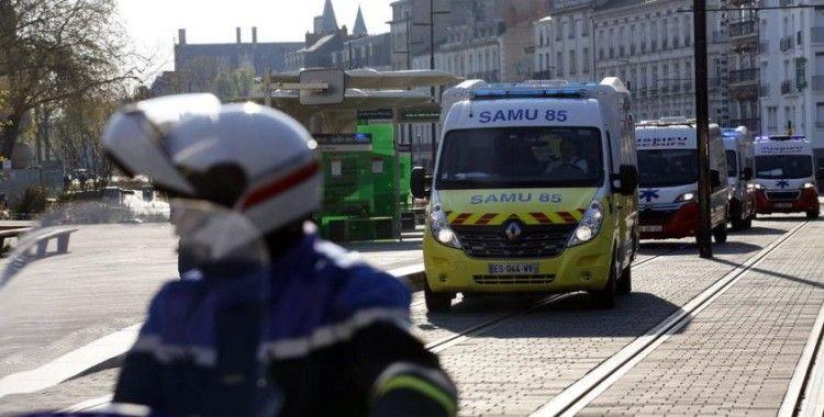 Fransa'da koronavirüsü nedeniyle ölü sayısı bin 696'ya ulaştı