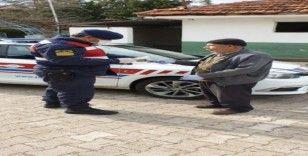 Jandarma timinden yaşlılara hizmet
