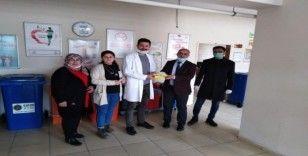 Başkan Ensari'den Toplum Sağlığı Merkezine ateş ölçer cihazı