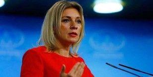 Putin'in sokağa aslan saldığı iddialarına karşılık Zaharova: 'Sokağa aslanları değil ayıları salardık'