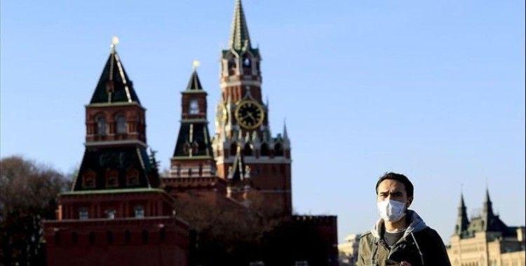 Rusya'da Kovid-19 salgınından ölenlerin sayısı 7'ye çıktı, sınır geçişleri kapatıldı