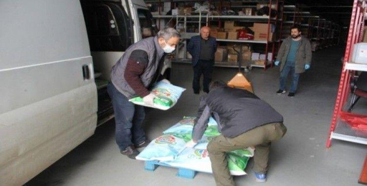 Diyarbakırlı iş adamı sağlık çalışanlarına 1 ton deterjan hibe etti